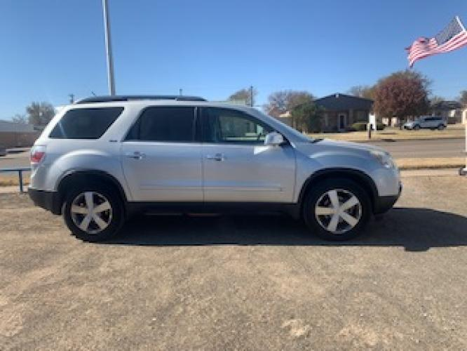 2009 SILVER GMC Acadia SLT-2 FWD (1GKER33D39J) with an 3.6L V6 DOHC 24V engine, 6-Speed Automatic Overdrive transmission, located at 821 N. Prince Street, Clovis, NM, 88101, (575) 762-8852, 34.406643, -103.195999 - Photo #0