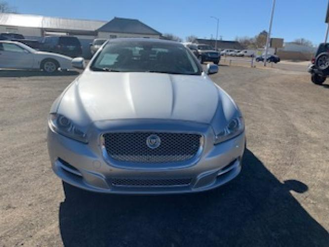 2012 SILVER Jaguar XJ-Series XJ Supercharged (SAJWA2GBXCL) with an 5.0L V8 DOHC 32V SUPERCHARGED engine, 6-Speed Automatic transmission, located at 821 N. Prince Street, Clovis, NM, 88101, (575) 762-8852, 34.406643, -103.195999 - Photo #0